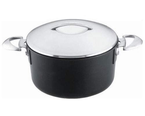 Scanpan Professional 4 Quart Dutch Oven with lid
